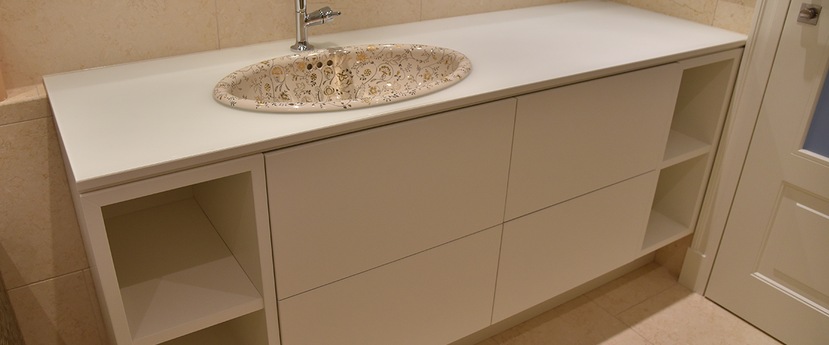 TischlereiJanKlamet-Holzdesign-SliderBad009
