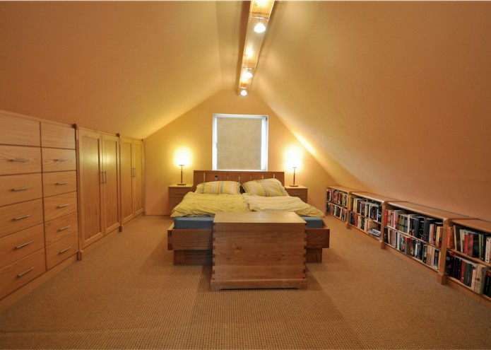 Schlafzimmermöbel mit Regal, Einbauschrank, Truhe und Bett