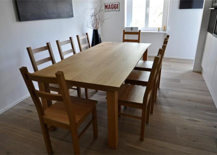 Stühle in Eiche massiv, passend zum Esstisch