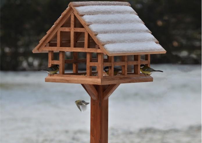 Vogelhäuschen in Eiche